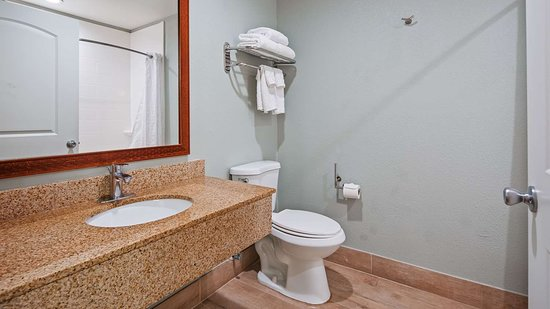 Best Western Port Aransas: Accessible Guest Bathroom