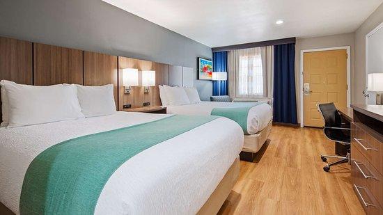 Best Western Port Aransas: Two Queen Accessible Guest Room