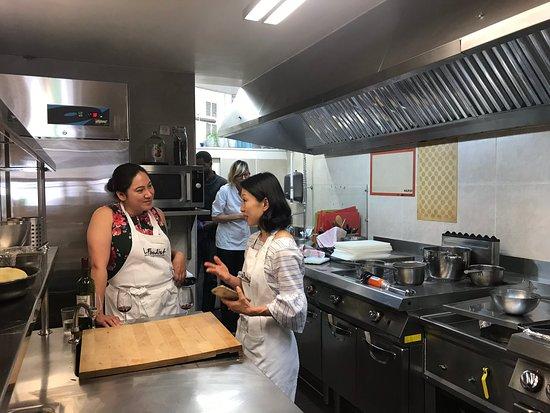 Paris Cooking Class including 3-Course Lunch, Wine & Optional Market Visit: More kitchen friends