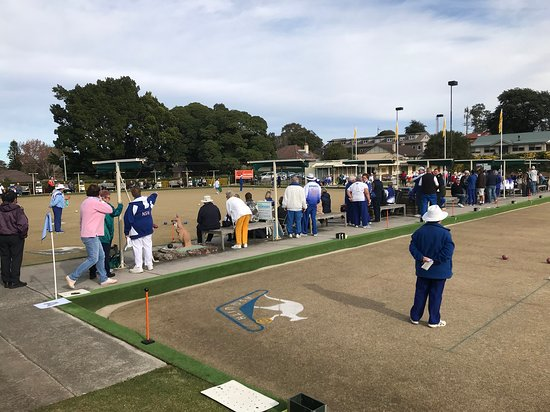 Hornsby, ออสเตรเลีย: Bowling Tournaments, Social Bowls and Barefoot bowling fun.