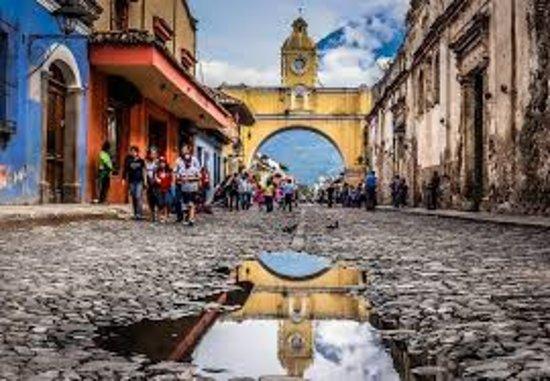 Sacatepequez Department, Guatemala: La Antigua Guatemala ,cultura he historia  City tour en antigua caminando conociendo los lugares mas antiguos de antigua  mas informacion telefono (502)37199016 whatzzap