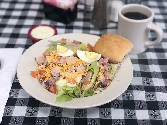 Apple Basket: chef salad