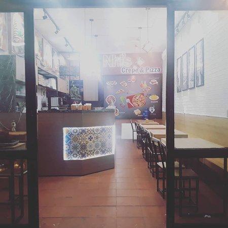 Nhi's Crepe & Pizza
