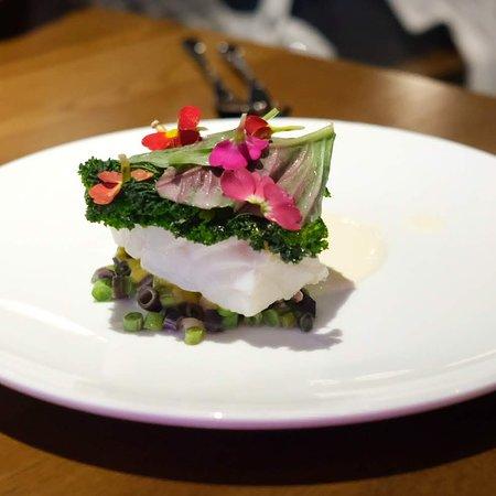 Roganic Hong Kong: Codfish、Amaranth、Smoked Sauce