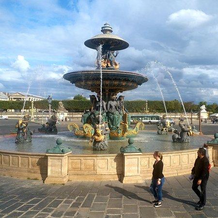 Fontaine de Fleuves