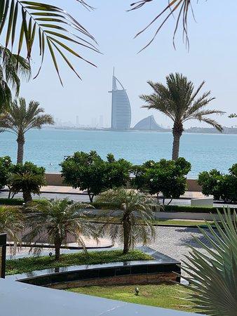 Anantara The Palm Dubai Resort Photo
