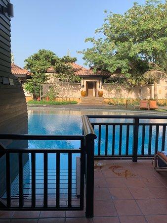 Balcony - Anantara The Palm Dubai Resort Photo