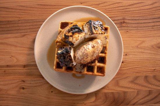 Highwater Eatery: Breakfast - Waffles