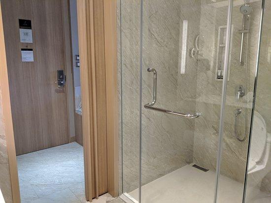 Bathroom of the corner room