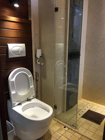 badroom / cuarto de baño