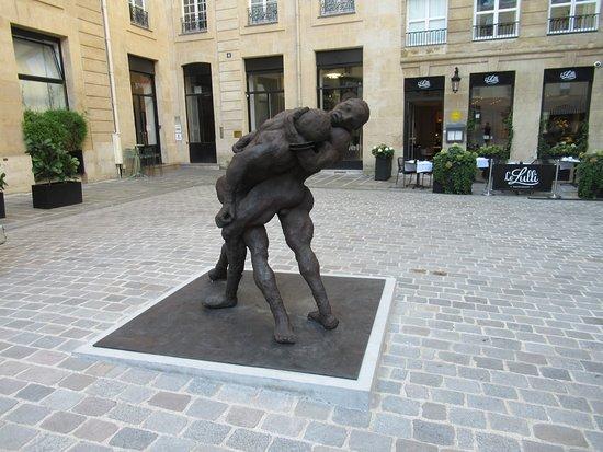 Sculpture Couple de Lutteurs