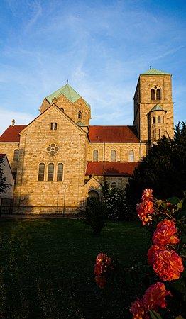 Blick auf das Seitenschiff der Kirche