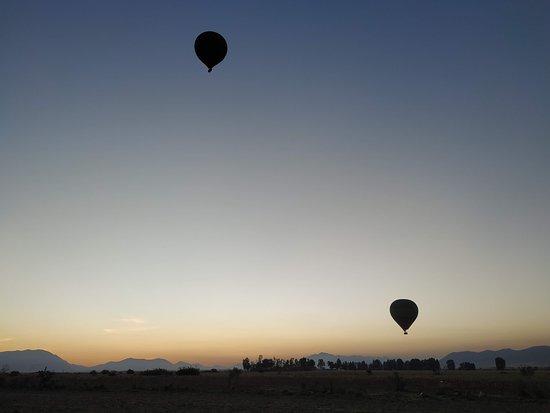 Maroc Montgolfière: Globos volando al amanecer