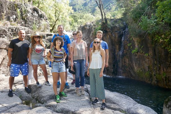 4x4 to waterfalls, lagoons & old village in Gerês Park with Lunch Included: Group smiles