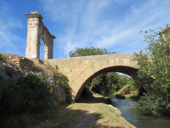 Pont Flavien照片