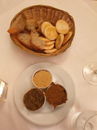 Rubino: Dips and breads