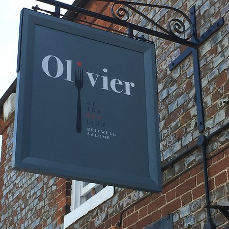 Britwell Salome, UK: Olivier at The Red Lion