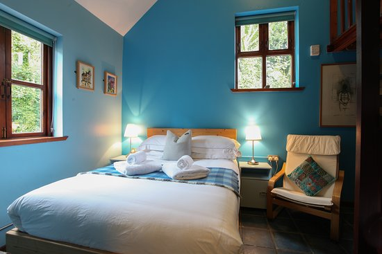 Moville Boutique Hostel: The Blue Room