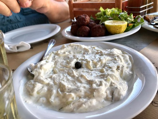 Caneva Restaurant: Awesome food awesome service awesome place. Everything tastes great. Greek food is the best