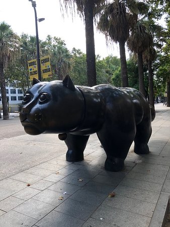 Immediately outside is a Giant Cat (which is useful if taxi is not certain of hotel!)