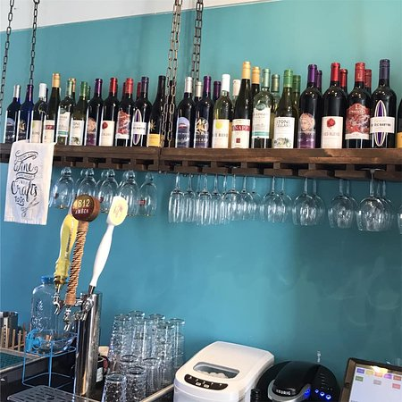 Main Street Crafts and Drafts