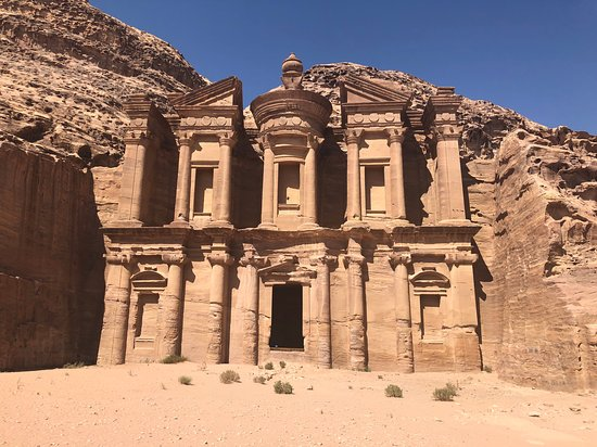 Petra/Wadi Musa, Jordanien: Because not a lot of people are willing to make the trek, it's very likely you'll be one of the only people there!