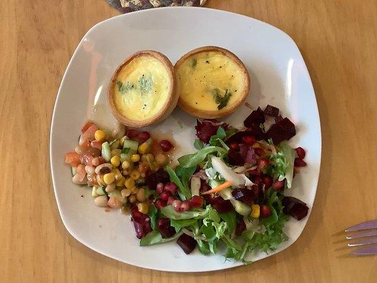 New Manna House: Fabulous fresh food daily