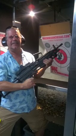 4-Gun Shooting Experience in Las Vegas: I love the saw- so easy to handle and shoot. Thanks Chris