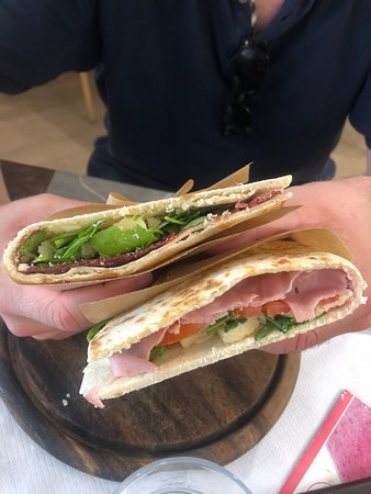 Delicious and fresh piadina lunch!