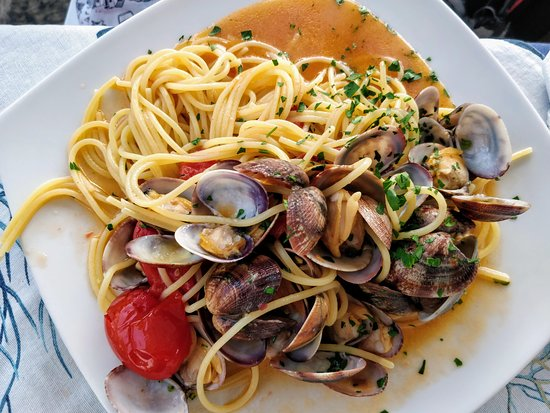 Porta Marina Seafood: Spaghetti with Clams