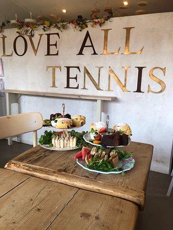 Love All Tennis Cafe: Cream tea
