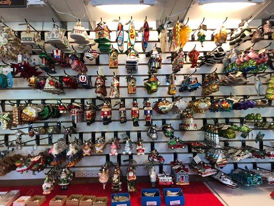 Perky Pelican Christmas Shoppe