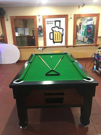 Market Tavern: Billiards