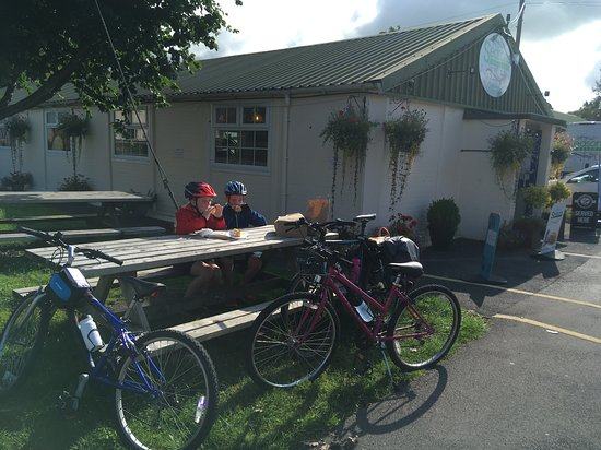 Cycling coast to coast with 2 young kids means food is at a premium, so we stopped at Seasons to stock up for the 40 miles of riding ahead of us over moor and mountain