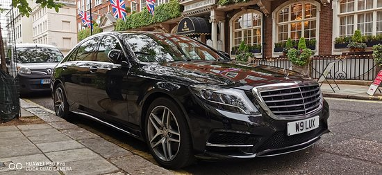 Crawley, UK: Business / Corporate London Gatwick Chauffeurs