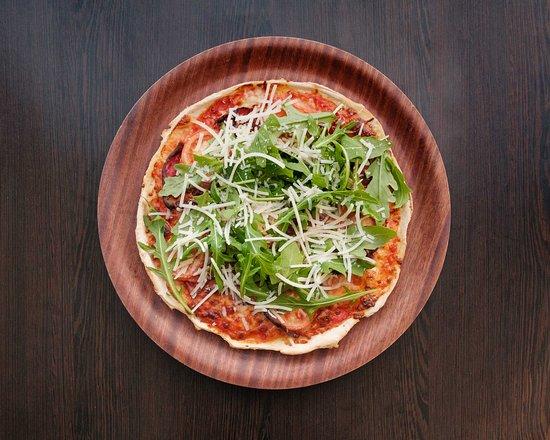 Arthur's Pizza - Parma Pizza