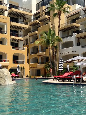 Lounging at the pool and swim up bar