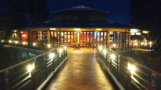 Victoria Nui Sam Lodge Foto