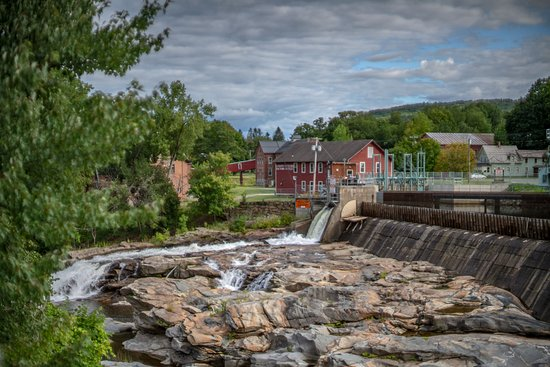 Falls in Shellburn, place has a long history - it has been Indian trading post.