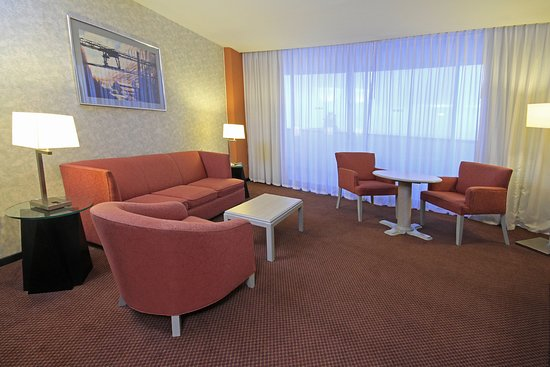 Holiday Inn Parque Fundidora: Suite