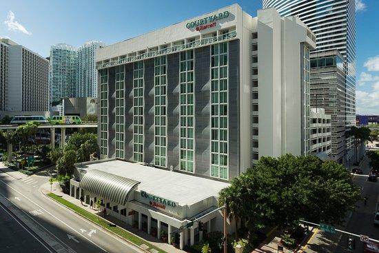 Courtyard Miami Downtown Brickell Area Hotel
