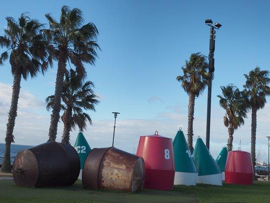Steampacket Gardens: sculptures