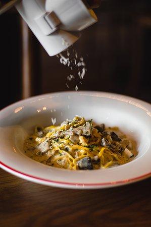 Our best-seller: Fettucine Cantina