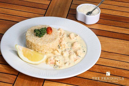 The Peninsula Restaurant and Gardens: Risotto al limone e gamberetti