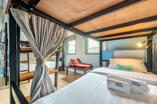 Visut House: 4-Bed Female Dormitory