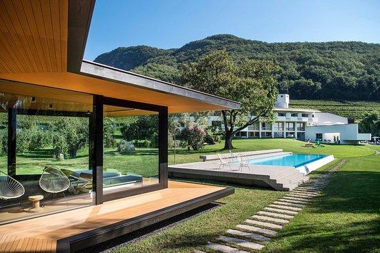Badehaus, Spa, Drone picture - Εικόνα του Seehotel Ambach, Caldaro sulla Strada del Vino - Tripadvisor