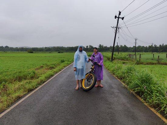 BLive Electric Bike Tours – Escape to Divar Island: e-bike
