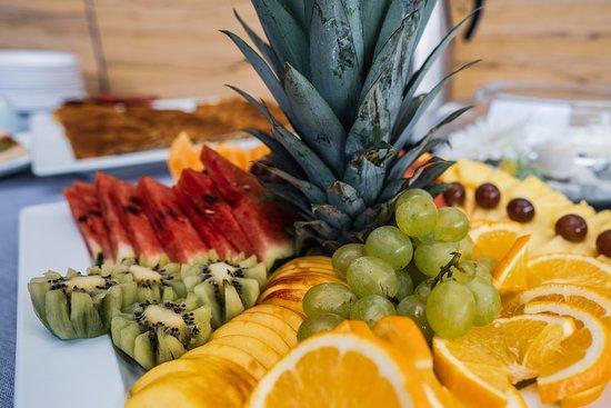 L'Aroma Restaurant: Tasty fruits