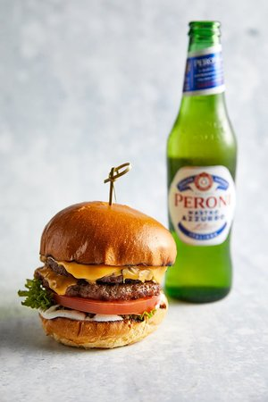Burger and a Peroni... don't mind if I do!