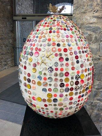 Famous Button Egg